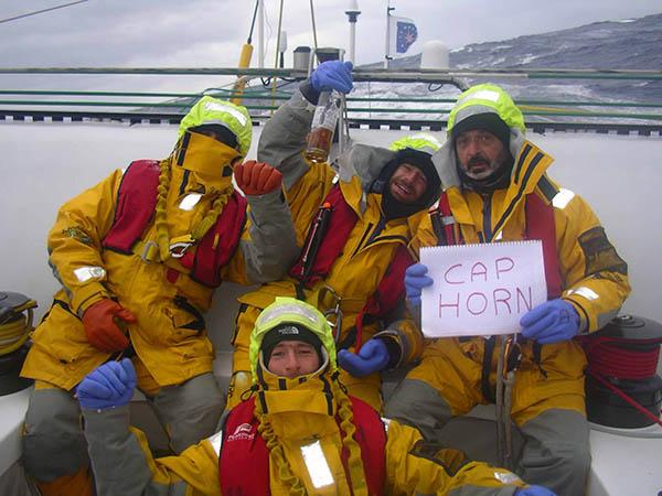 Passage du Cap Horn le 7 avril 2004. Photos du bord.