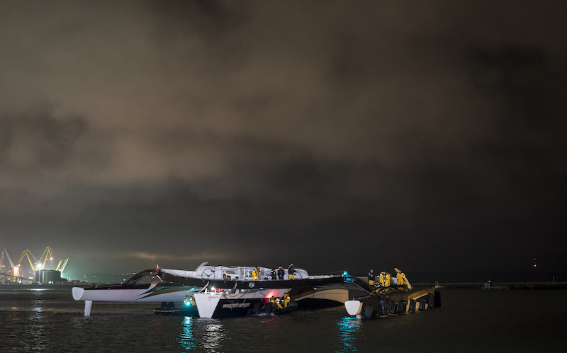 SPINDRIFT 2 DISMASTS ON WAY TO START OF ROUND THE WORLD RECORD